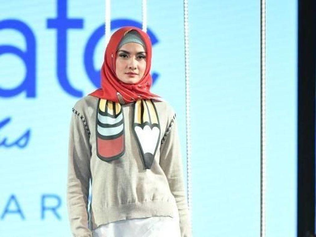 Mahasiswa Bandung Tampilkan Busana Sopan pada Ajang Adelaide Fashion Festival