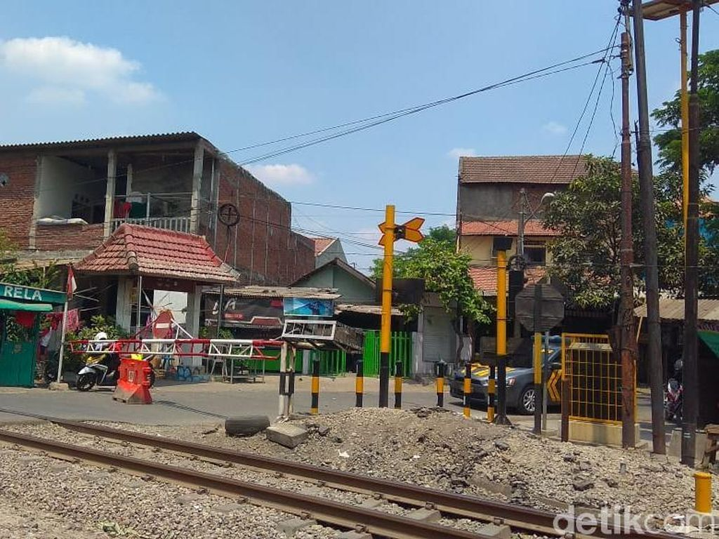 Kasus SUV Tertabrak Kereta, PT KAI: Pemda yang Bertanggung Jawab