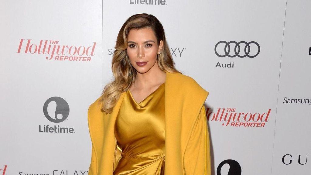 Kim Kardashian Ulang Tahun, Lihat Lagi Gaya Seksinya yang Ikonik