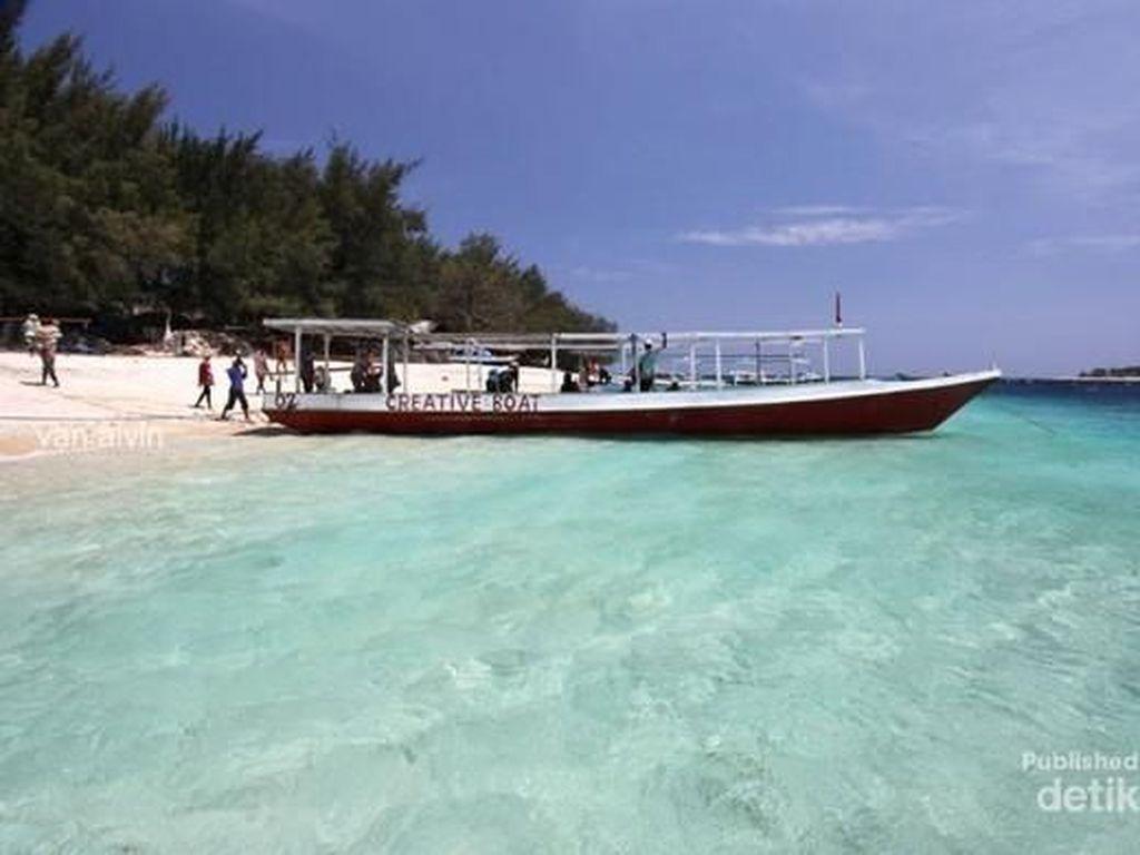 Pantai Ini Nggak Kalah Sama Maldives