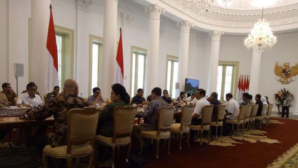 Rapat Persiapan OCC, Jokowi: Kita Ingin Bangun Kepercayaan Dunia