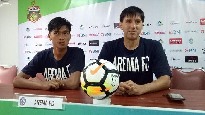 Arema FC dihadapkan pada tantangan besar di markas Bhayangkara FC. (Foto: Randy Prasatya)