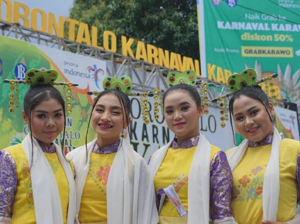 Parade Busana Jadi Sarana Kenalkan Sulaman Karawo ke Dunia