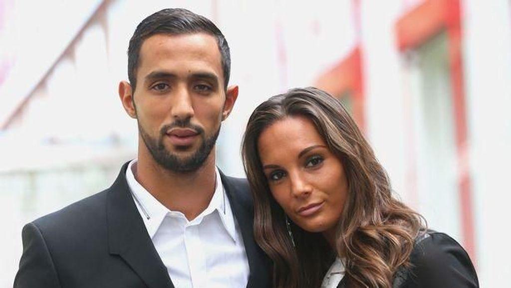 Cantiknya Istri Pesepakbola yang Suaminya Menolak Main di MU Demi Islam