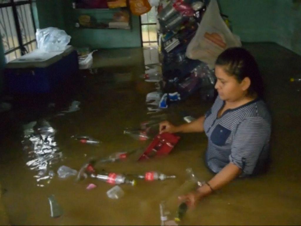 Badai Vicente Tewaskan Belasan Orang di Meksiko