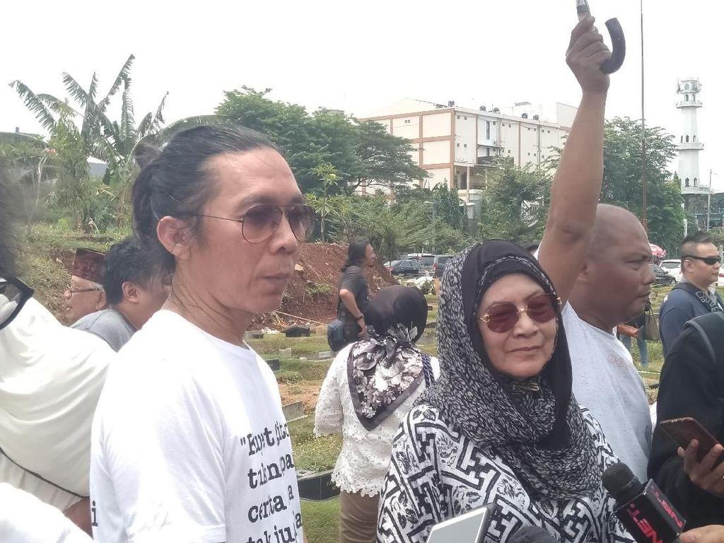 Coblos Jokowi, Bimbim Slank Bingung Pilih Caleg