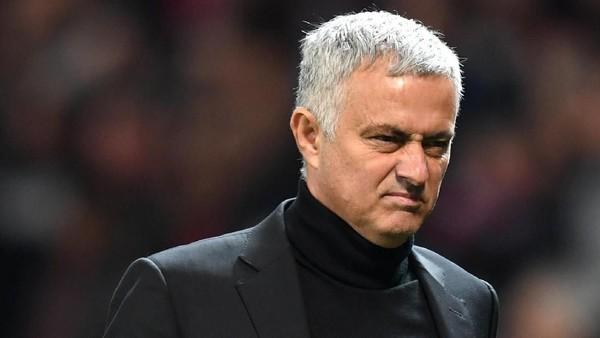 Mourinho: MU Tak Bisa Terus-terusan Kebobolan Dulu