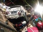 Dilecehkan, Korban Mobil Tabrak Air Mancur di Surabaya Lapor Polisi