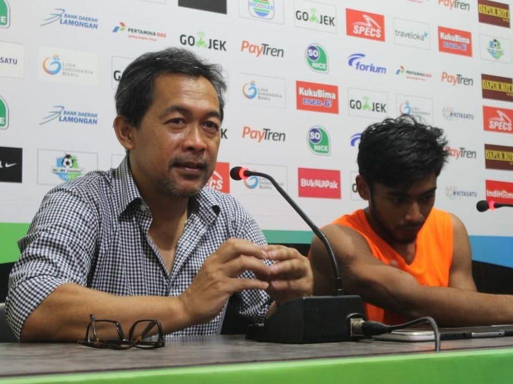Persela Dikalahkan Borneo, Aji Tak Mau Salahkan Wasit tapi...