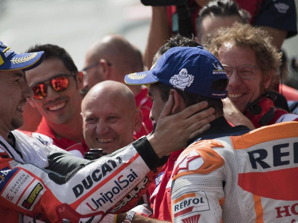 Lorenzo Akan Sulitkan Marquez di Musim Depan, Asalkan...