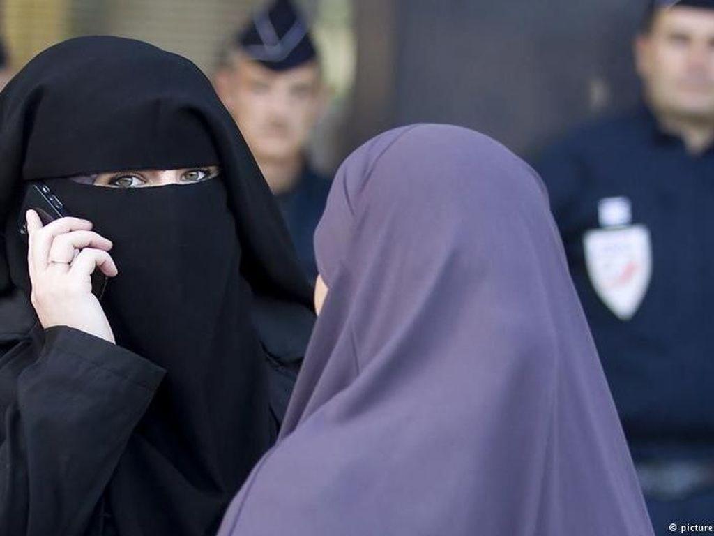 Komisi HAM PBB: Larangan Burka di Prancis Langgar HAM