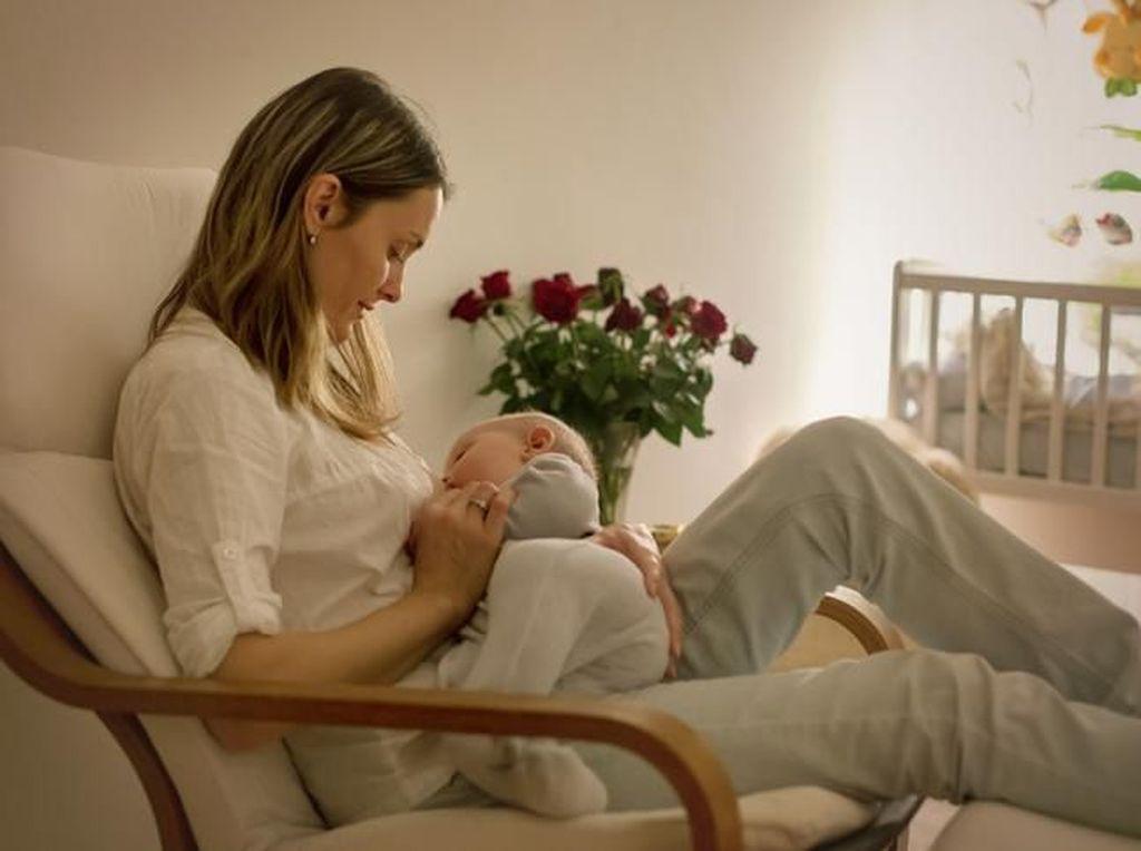 Ibu Menyusui Boleh Puasa, Asal Memenuhi Syarat Ini