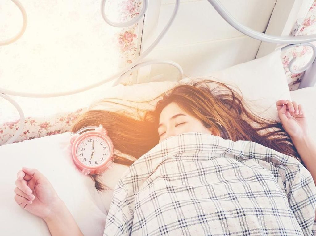 7 Cara Agar Kamu Lebih Mudah Bangun Saat Sahur