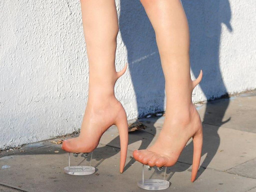 Ini Skin Heel, Sepatu High Heels yang Terbuat dari Kaki Manusia