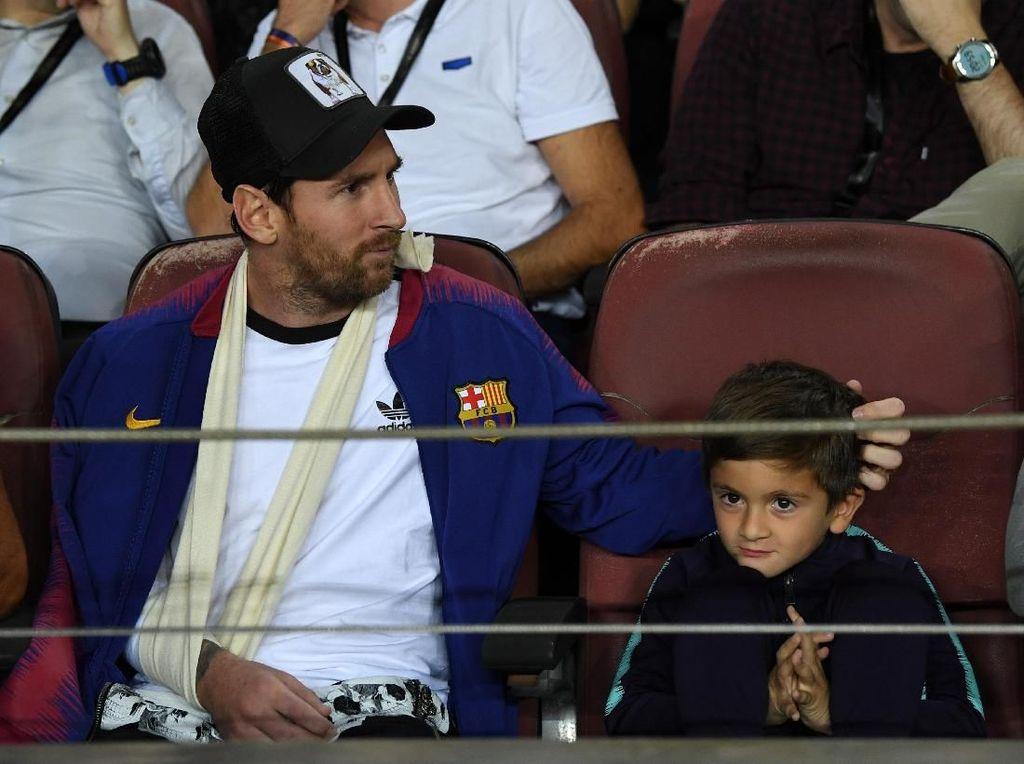 Ketika Anak Messi Menggambar Logo Juventus di Camp Nou