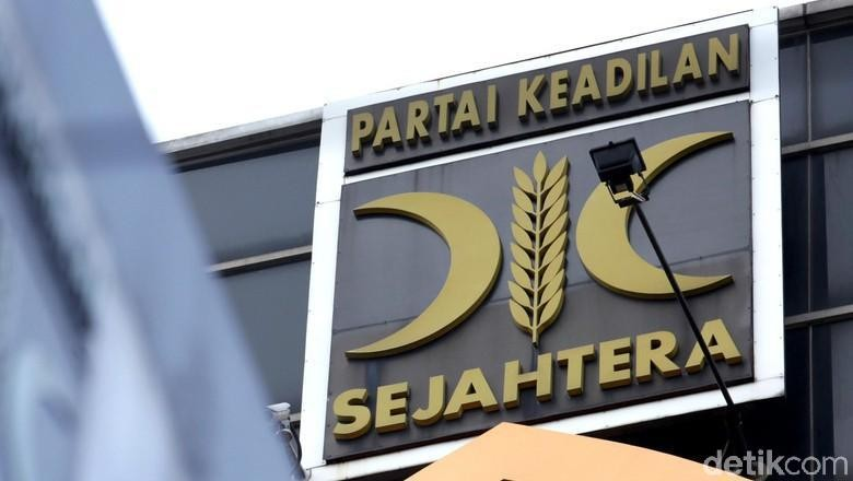 Anggota DPRD PKS Dipecat Gegara Isu Selingkuh dengan Kader Gerindra