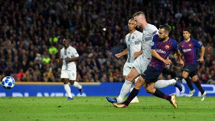 Barcelona menjamu Inter Milan dalam lanjutan Liga Champions. (Foto: David Ramos/Getty Images)