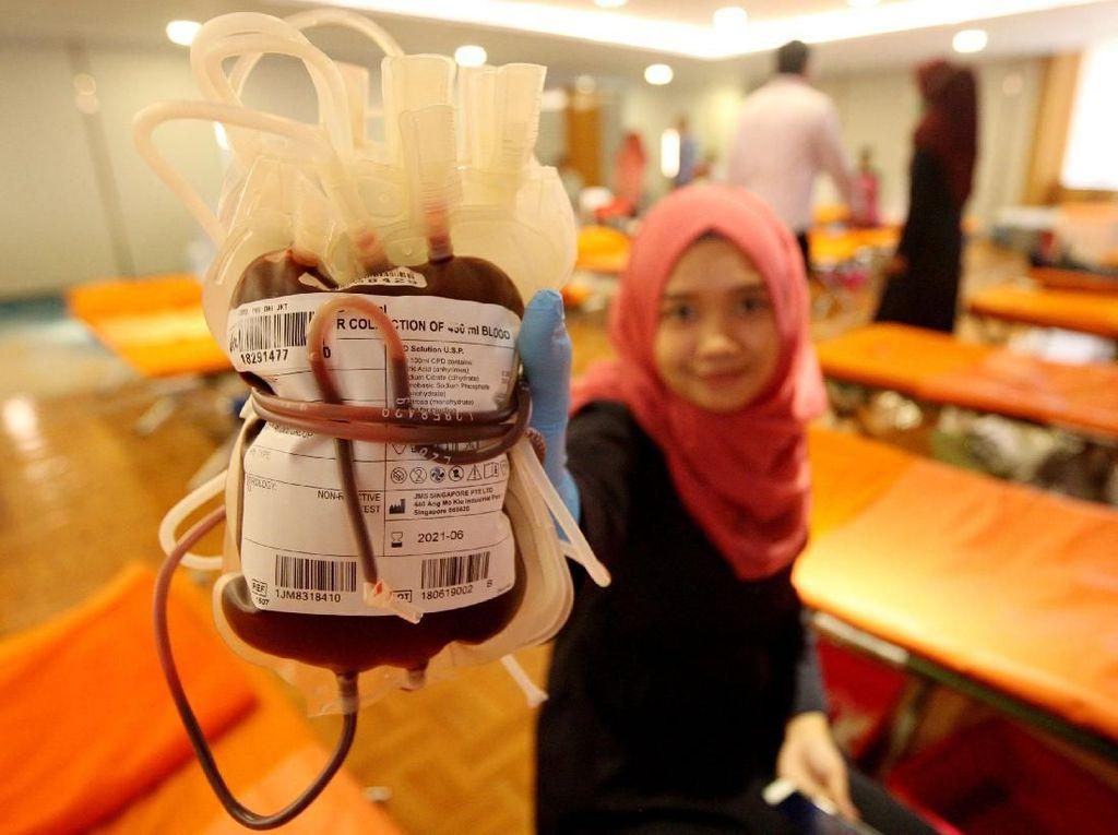 Aksi Donor Darah untuk Negeri