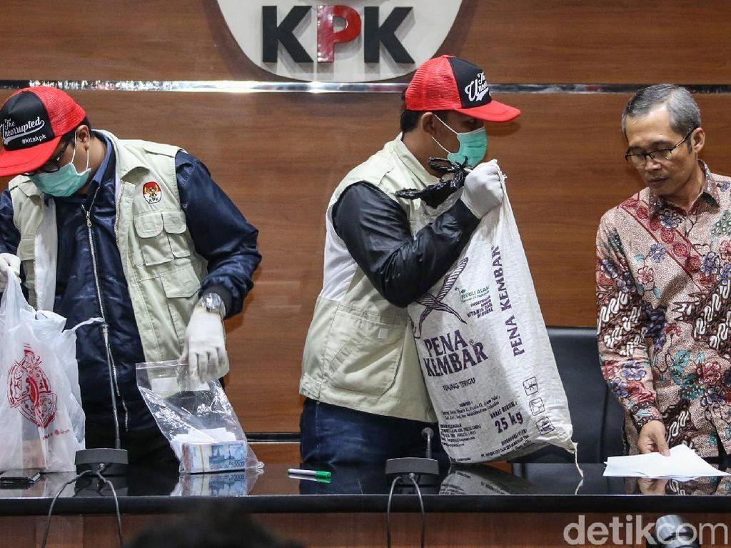 KPK Telusuri Penerimaan Suap Lain ke Bupati Cirebon