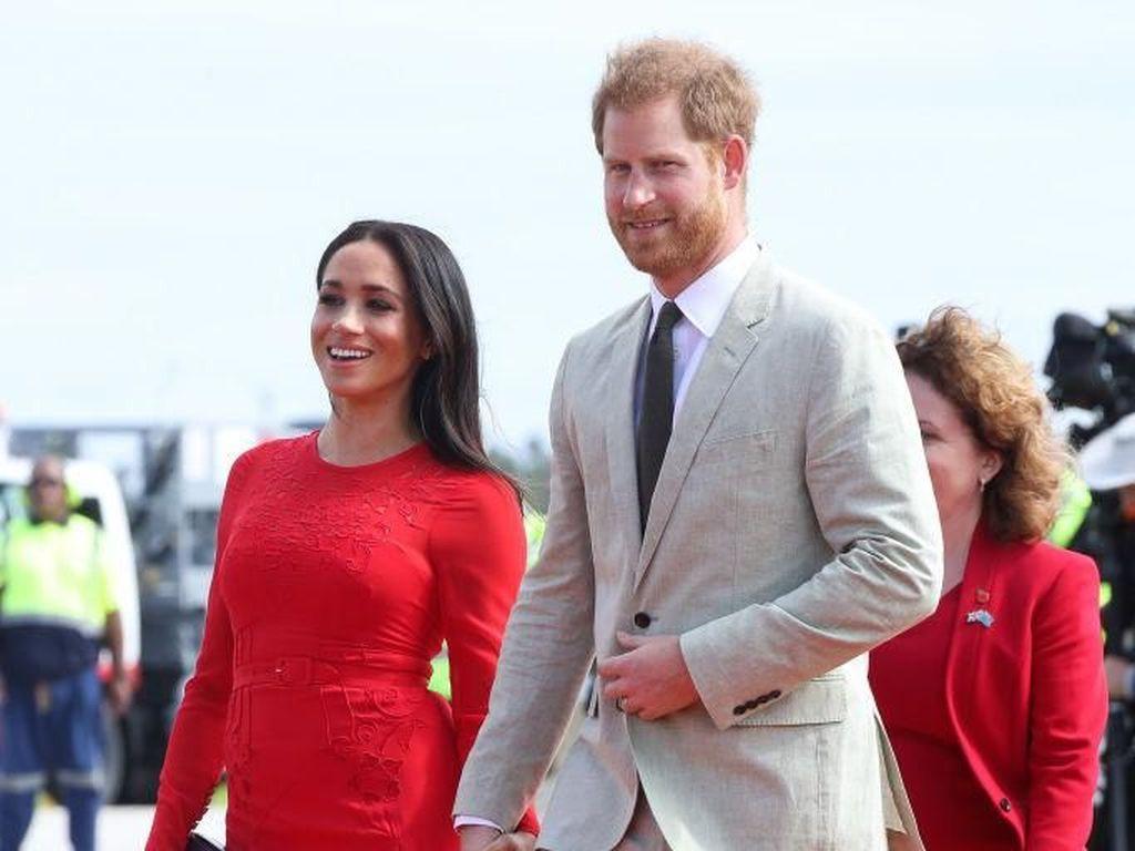 Alasan Pangeran Harry dan Meghan Markle Berencana Pindah Rumah