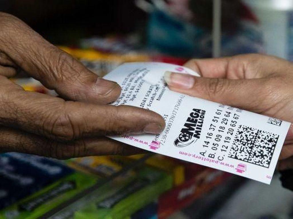 Pemenang Lotere di AS Hadiahnya Miliaran Dolar