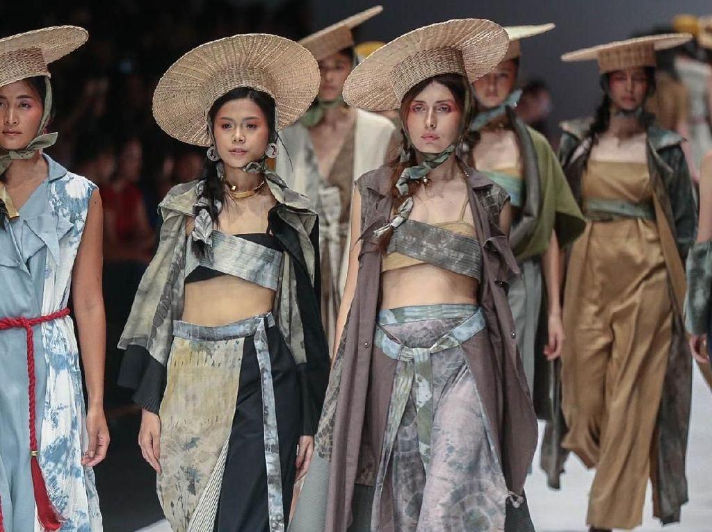 Koleksi Fashion yang Bersahabat dengan Alam