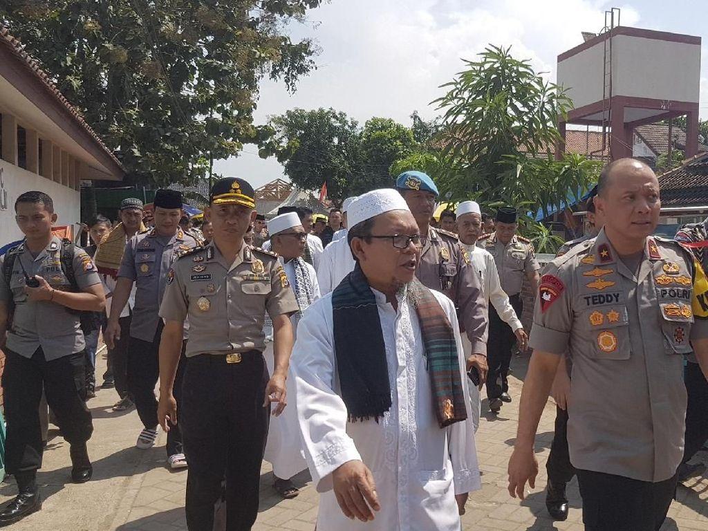 Kapolda Banten ke Tokoh Islam: Yang Dibakar di Garut Bendera HTI