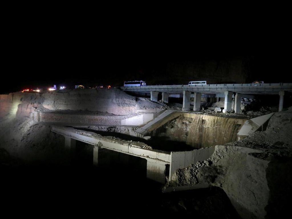 14 Orang Tewas Akibat Banjir Bandang di Yordania