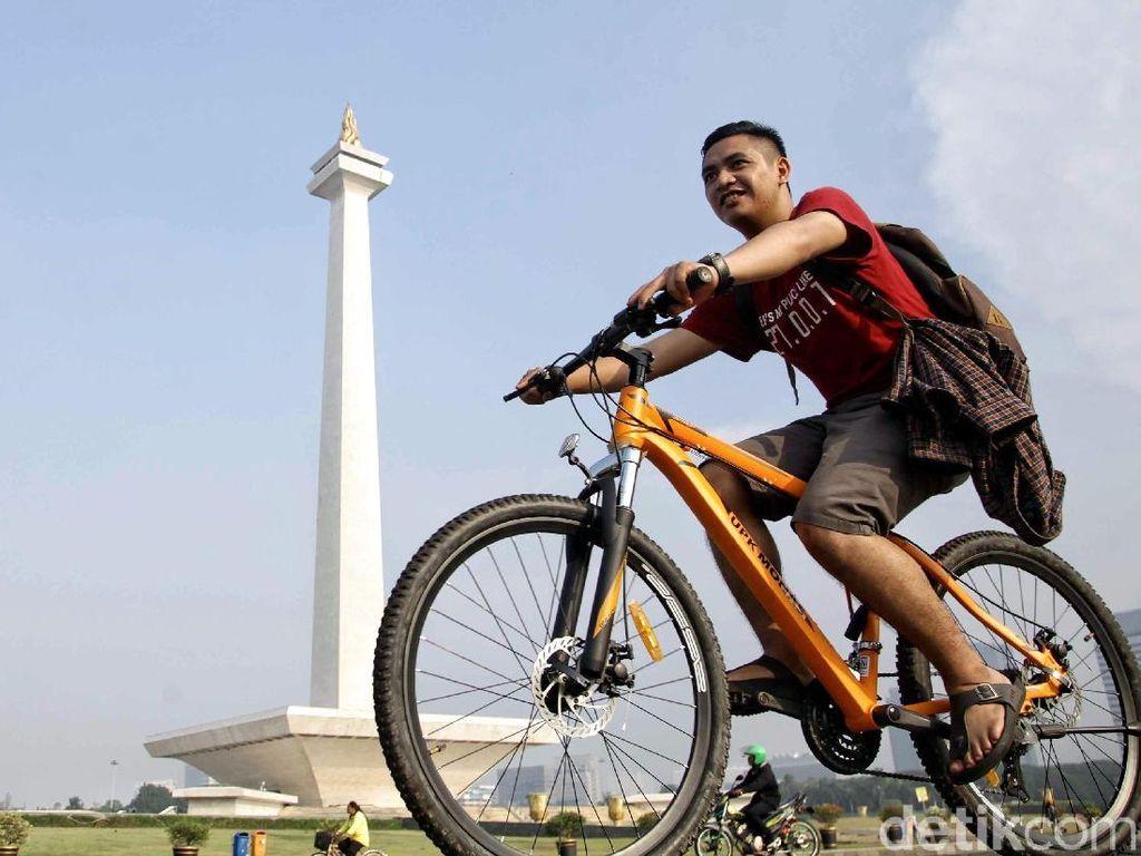 Berkunjung ke Tugu Monas Salah Satu Ikon Pariwisata Ibukota