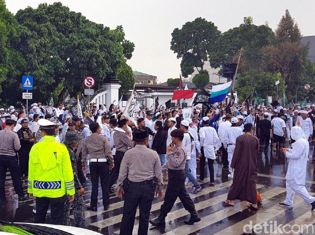 600 Aparat Kawal Aksi Bela Tauhid di Sukabumi