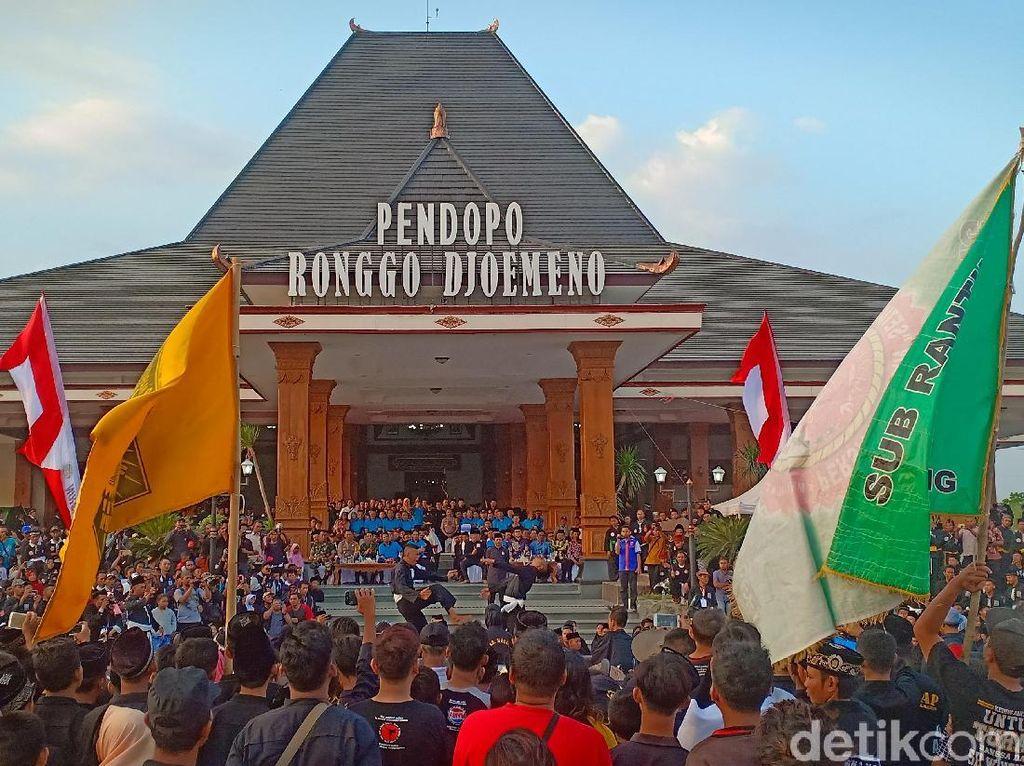 Parade Pendekar, Bukti Bahwa Perguruan Silat di Madiun Bisa Rukun