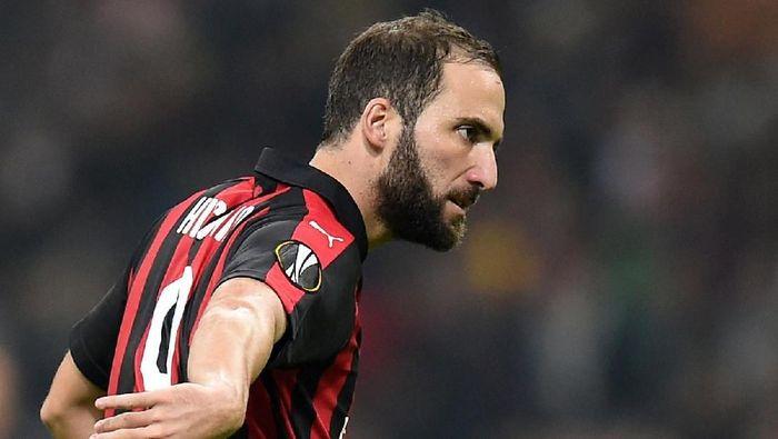 Pemain AC Milan Gonzalo Higuain. (Foto: Daniele Mascolo/Reuters)