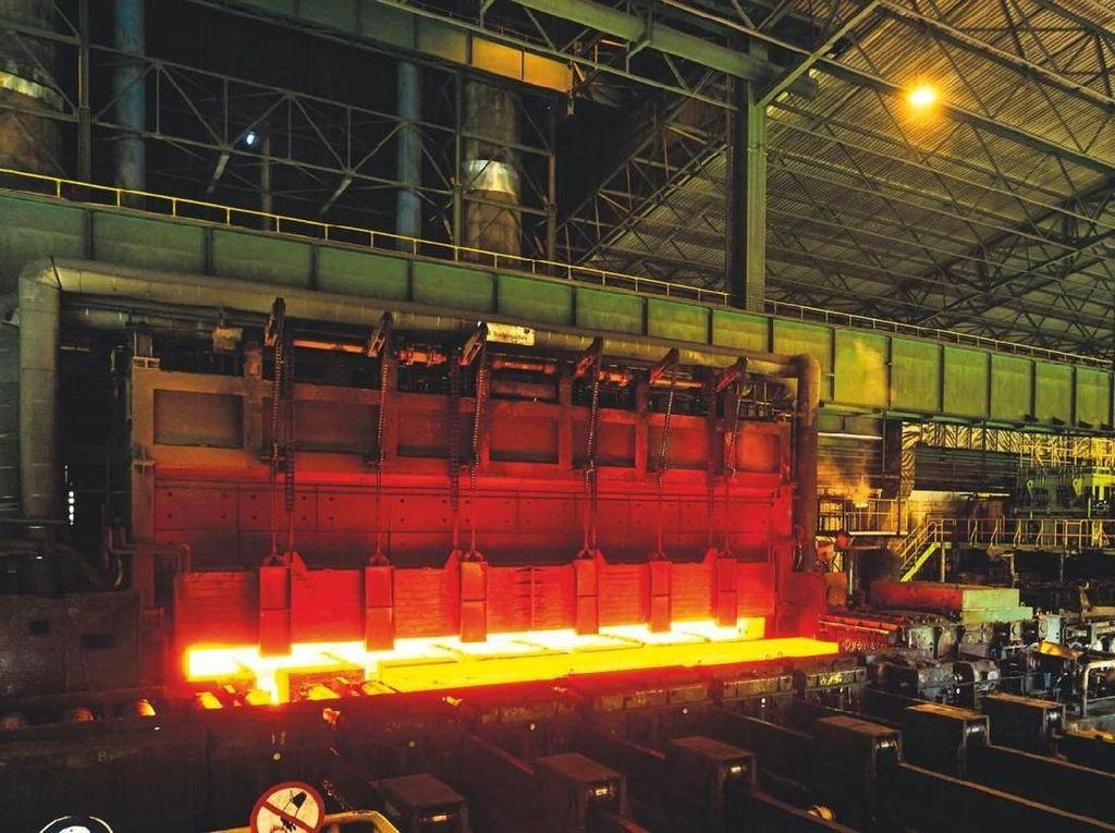 Jalan Panjang Krakatau Steel Lunasi Utang Rp 28 T