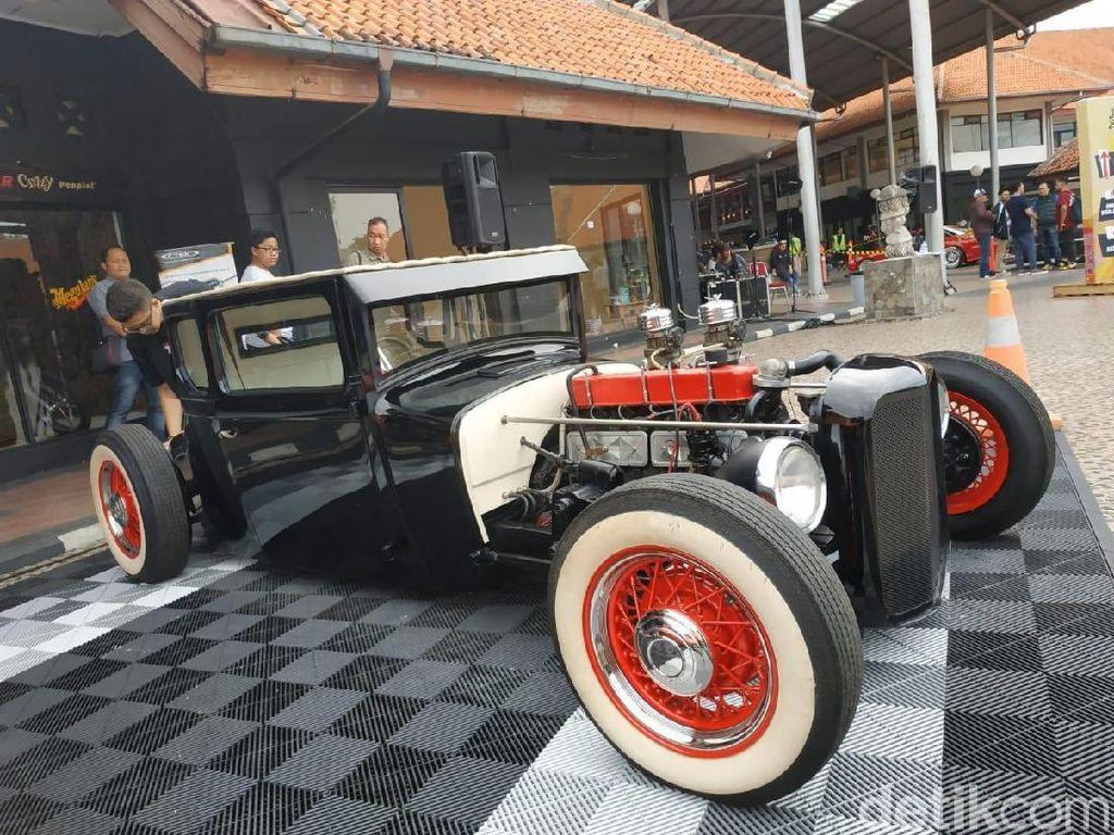 Klasik Banget! Mobil Chevy Disulap Hotrod