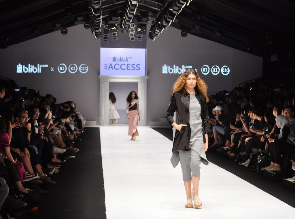 Panggung Ekslusif untuk Lima Desainer Brand Lokal
