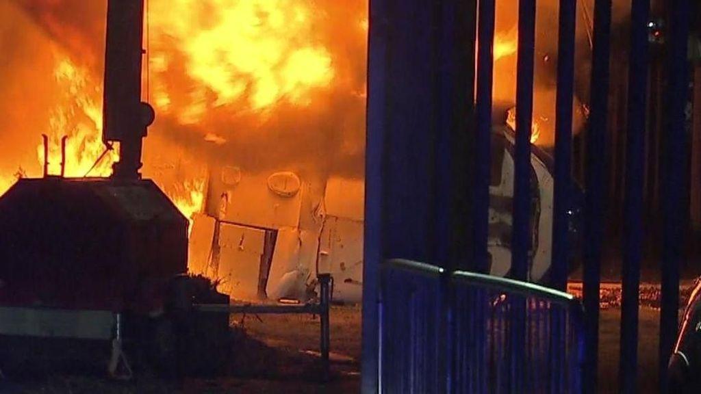 Helikopter Bos Leicester City Jatuh, Ambulans dan Damkar Dikerahkan