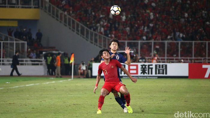 Dalam pertandingan di Stadion Utama Gelora Bung Karno, Minggu (28/10/2018), Jepang unggul satu gol di babak pertama.
