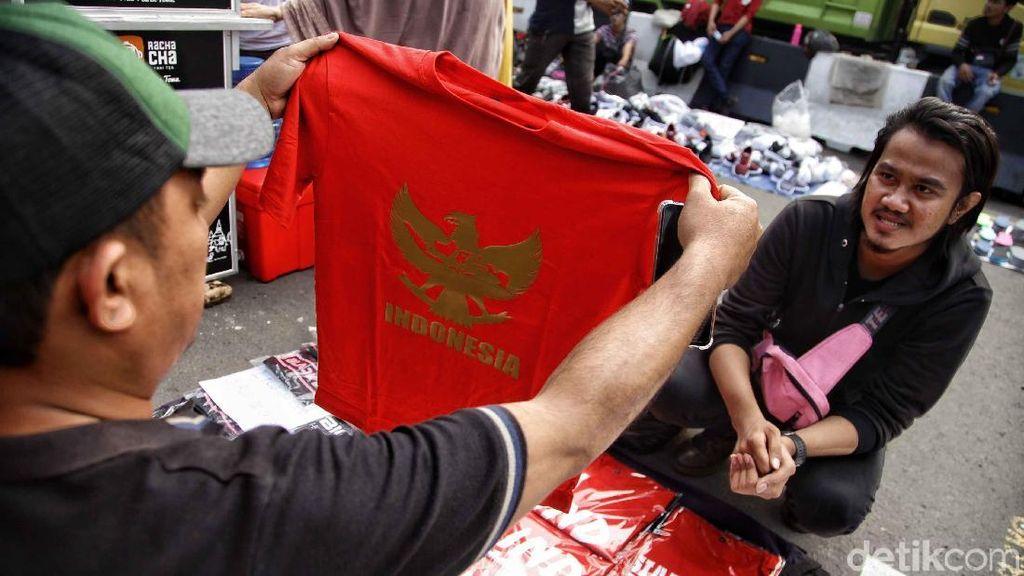 Geliat Penjual Kaos Indonesia di Hari Sumpah Pemuda