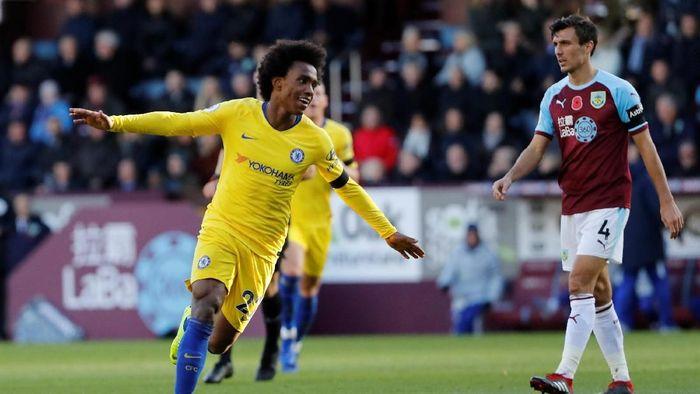 Chelsea tak akan melepas Willian pada bursa transfer Januari ini (Foto: Russell Cheyne/REUTERS)