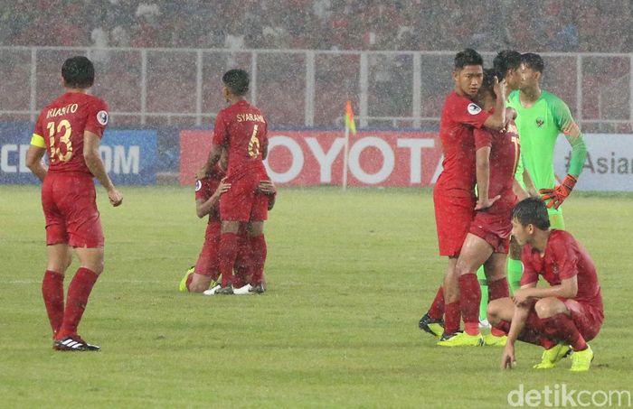 Di Stadion Gelora Bung Karno, Senayan, Minggu (28/10/2018), Indonesia kalah 0-2 dari Jepang di perempatfinal Piala Asia U-19 2018.