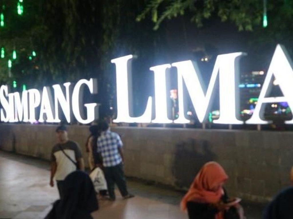 Hasrat Prabowo Kampanye di Simpang Lima Kandas, Lalu Bolehnya di Mana Saja?