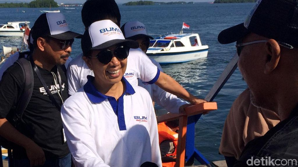 Gaya Rini Soemarno di Malahing, Kampung Cantik di Pesisir Laut Bontang