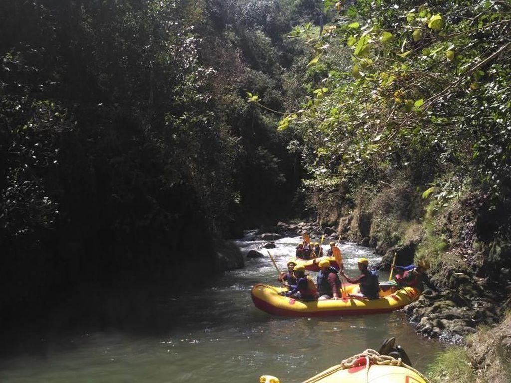 Songa Adventure, Rafting Seru di Probolinggo