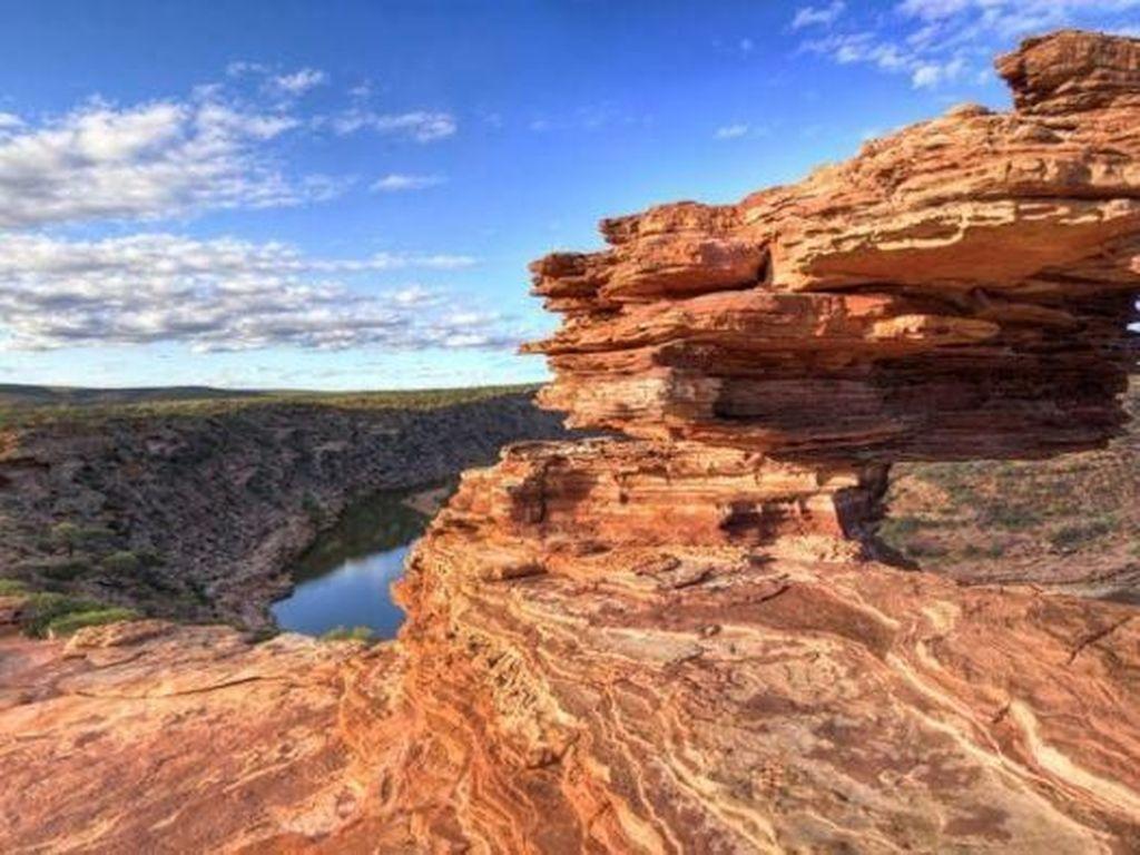 Pria Tewas karena Dehidrasi Ketika Hiking di Australia Barat