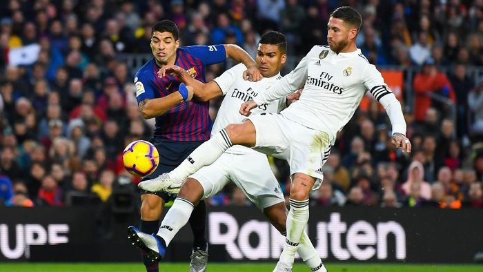 Barcelona diunggulkan jadi juara Liga Spanyol musim ini, di atas Real Madrid dan Atletico Madrid (David Ramos/Getty Images)