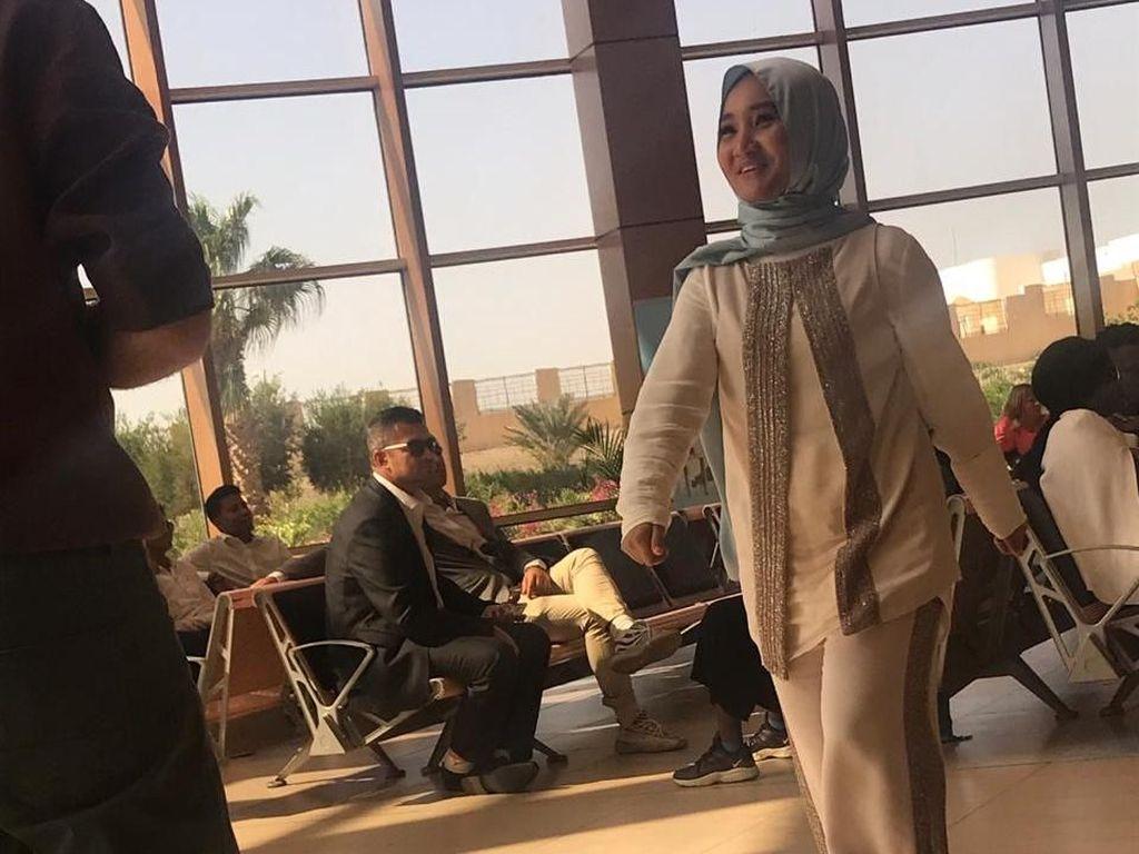 Tiba di Mesir, Fatin Syuting Klip dengan 7 Penyanyi dari Negara Lain