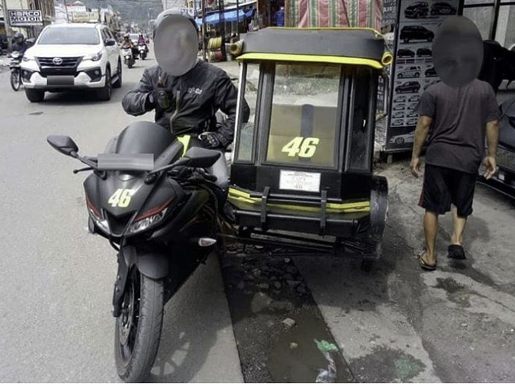Bikin Greget, Yamaha R15 T Jadi Becak Motor Bernomor Rossi
