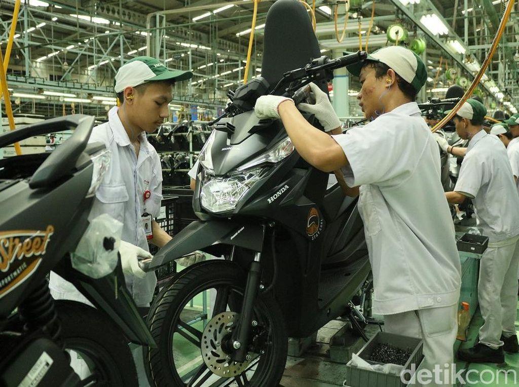 Warna Baru Skutik Terlaris Honda BeAT