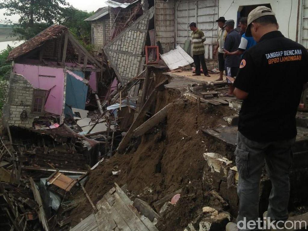 5 Rumah dan 1 Bengkel di Pinggir Bengawan Solo Lamongan Longsor