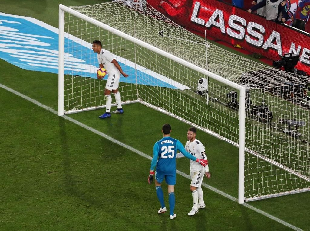 Casemiro: Performa Madrid seperti Bencana, Bukan Salah Lopetegui